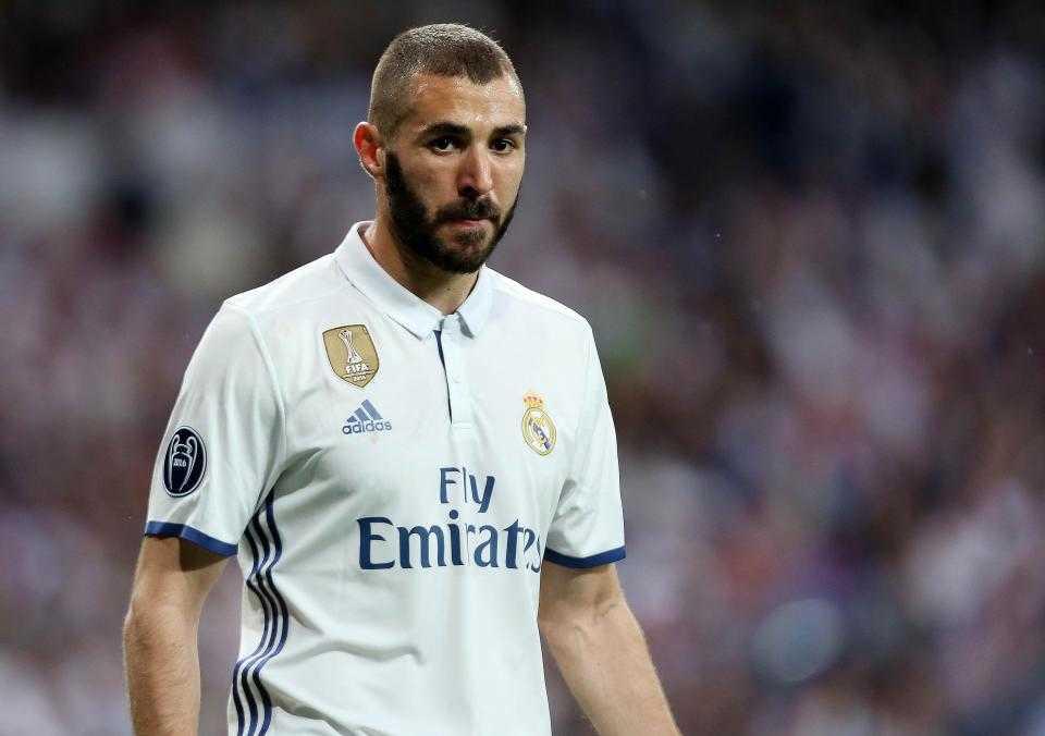 Chamberlain muốn được thi đấu thường xuyên, đừng quá khắt khe với Benzema