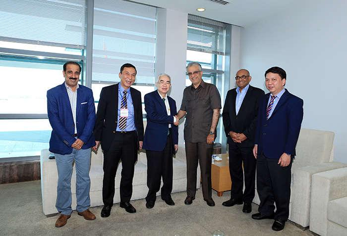 Chủ tịch AFC Ebrahim Al Khalifa đánh giá cao những thành tích mà bóng đá Việt Nam đã đạt được trong thời gian qua