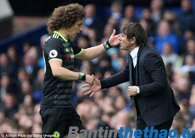 """""""Trảm"""" David Luiz, nhiều khả năng Conte cũng làm """"bay"""" luôn chiếc ghế của chính mình"""
