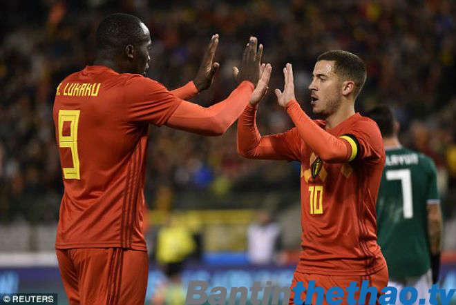 Lukaku (trái) nói anh sinh ra để ghi bàn