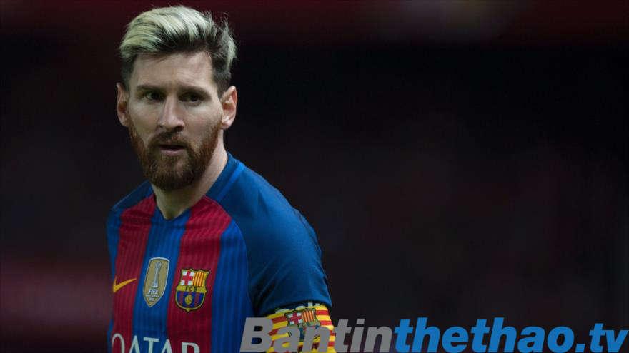 Messi chính thức gia hạn hợp đồng với Barca đến năm 2021