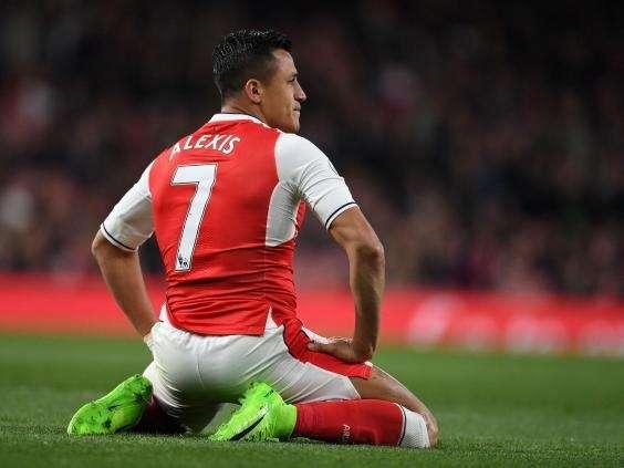 Vị trí nào cho Sanchez nếu anh sang Man City?