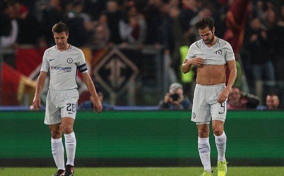 """Conte tuyên bố không sợ bị sa thải, và sẵn sàng """"đuổi"""" bất cứ cầu thủ nào nếu còn chơi bạc nhược như trận thua Roma"""