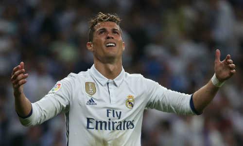 Ronaldo có giá trị thấp hơn nhiều cầu thủ của Tottenham, Man City