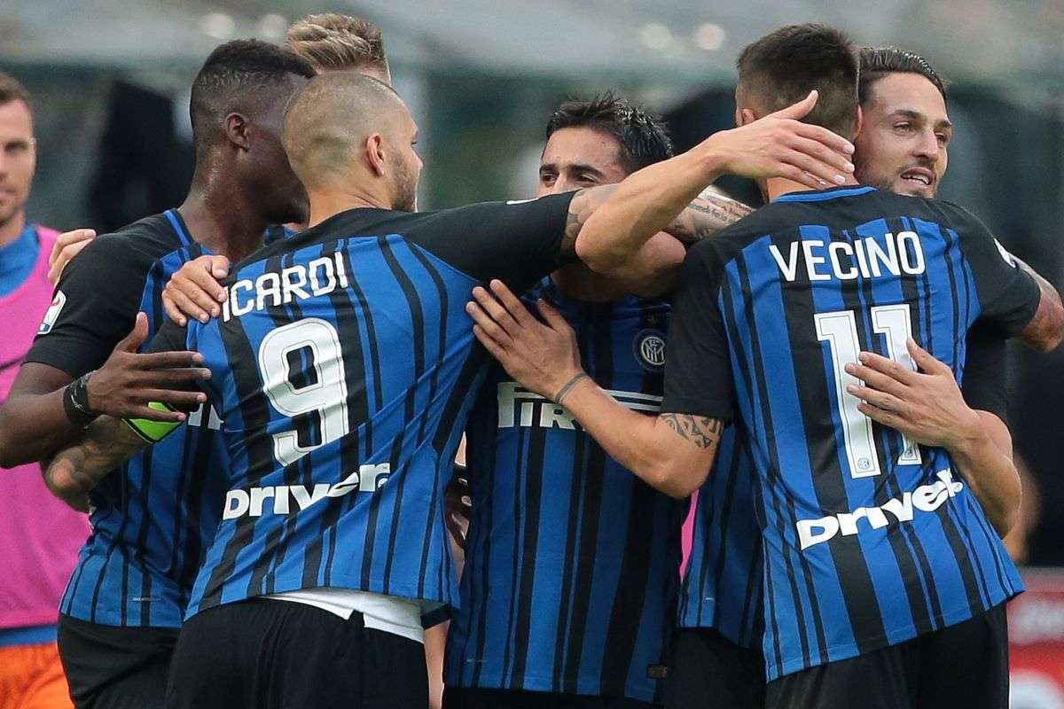 Milan vs Benevento hôm nay 3/12/2017 VĐQG Italia Ý - Serie A