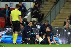 Mourinho nổi đóa vì học trò 'không lượng sức mình'