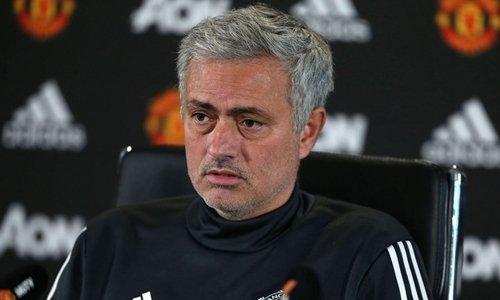 Mối quan hệ của Mourinho với Hội CĐV Man Utd chưa có dấu hiệu lắng dịu