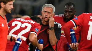 Mourinho rất cần Lukaku ghi bàn