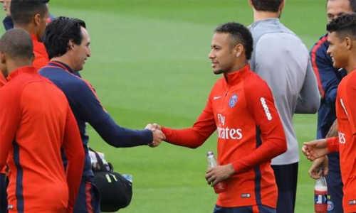 Neymar đang có mối bất hòa với HLV Emery