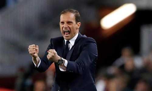 Allegri hài lòng với các học trò của mình sau trận hòa với Barca
