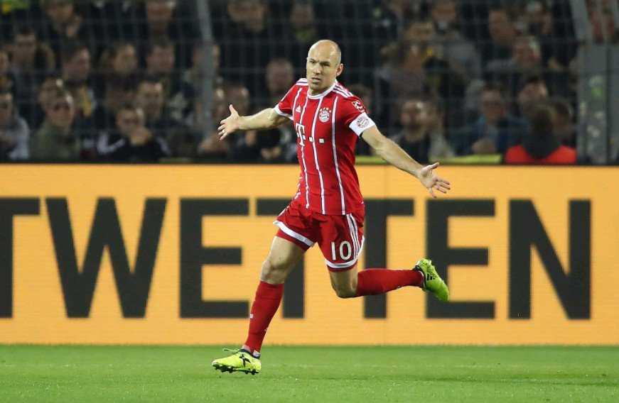 Hàng công thăng hoa, Bayern hạ gục Dortmund