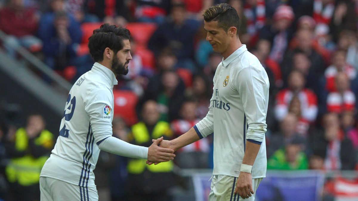 "Ronaldo gọi Isco là ""táo thối"", SaoBarcatẩy chay Griezmann"