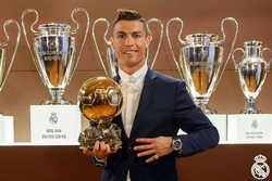 """C.Ronaldo: """"Tôi muốn có 7 đứa con và giành 7 Quả bóng vàng"""""""