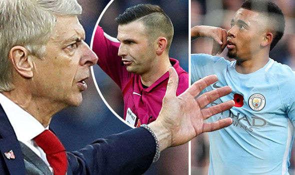 Wenger không hài lòng với cách cầm còi của trọng tài Oliver