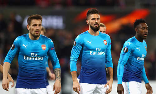 Thua đau, Arsenal vẫn đứng đầu bảng Europa League