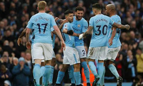 Thắng Bournemouth 4-0, Man City thiết lập kỷ lục mới