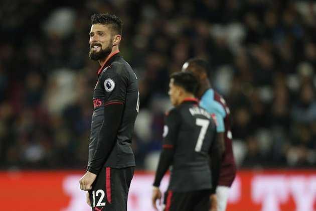 Chia điểm với West Ham, Arsenal chìm sâu trong khủng hoảng