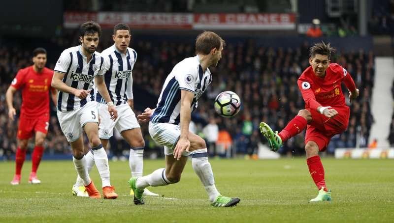 Liverpool đang chơi tốt trên sân khách hơn là sân nhà