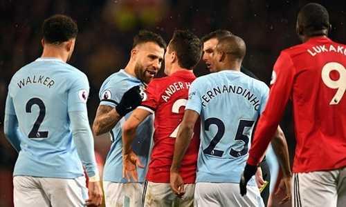 Man City trêu tức Man Utd khi ăn mừng trận thắng trước Tottenham