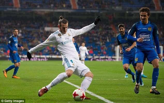 Bale (áo trắng) đã chơi rất hay trong trận đấu ở Cúp NHà Vua vừa qua
