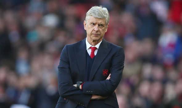 """Wenger: """"Arsenal vô địch chỉ là chuyện hão huyền"""". Giggs: """"Man United vẫn là đội bóng số một ở thành phố Manchester"""""""