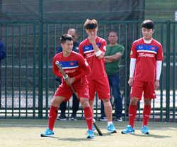 Vượt qua Công Phượng, Xuân Trường đeo băng đội trưởng U23 Việt Nam