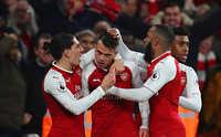 Arsenal và Liverpool chia điểm sau màn rượt đuổi kịch tính