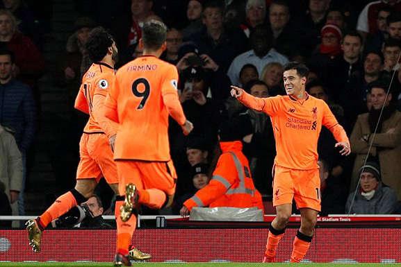 Coutinho đánh đầu mở tỷ số cho Liverpool