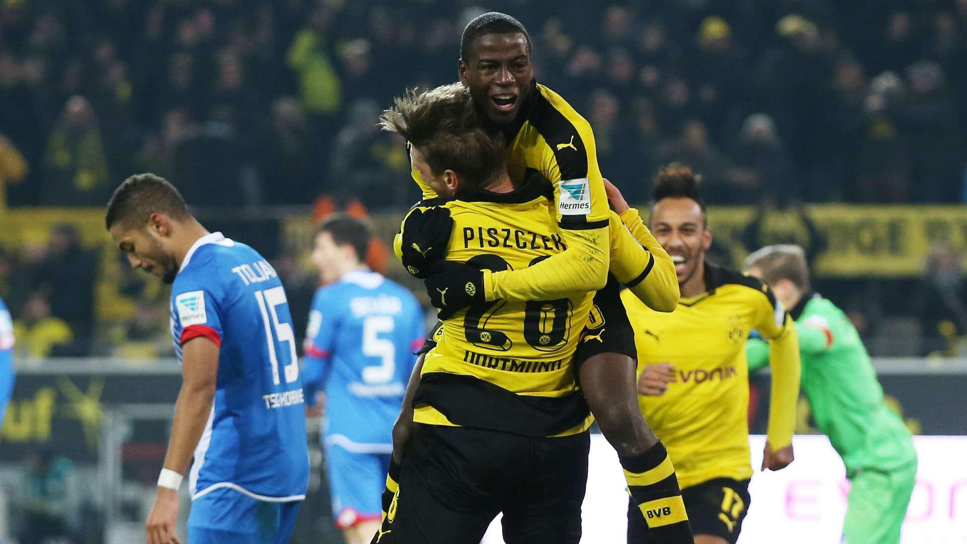 Dortmund đang có dấu hiệu khởi sắc dưới thời Peter Stoeger