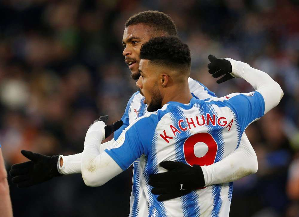 Huddersfield chơi rất tốt trên sân nhà