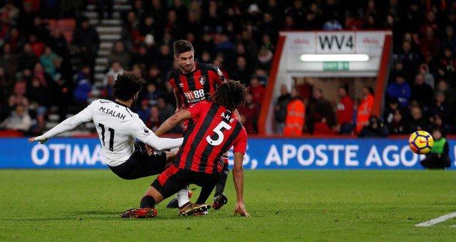Salah ghi bàn thắng thứ 3 cho Liverpool