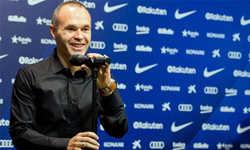 Iniesta công nhận Ronaldo xứng đáng được nhận 5 Quả Bóng Vàng