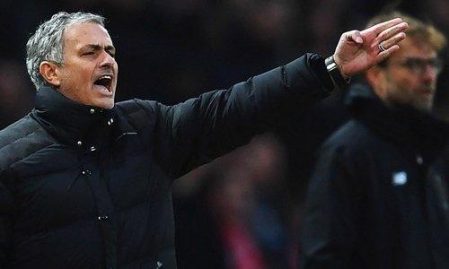 Mourinho cho rằng việc bạo chi muacầu thủ không phải là lỗi của các đội bóng.