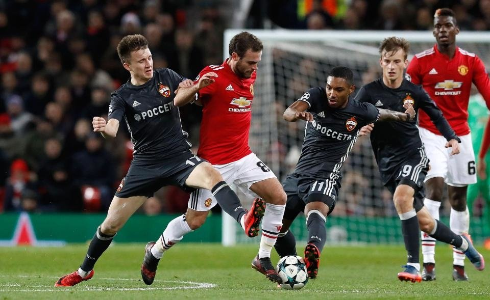 Mourinho không cho Mata rời MU