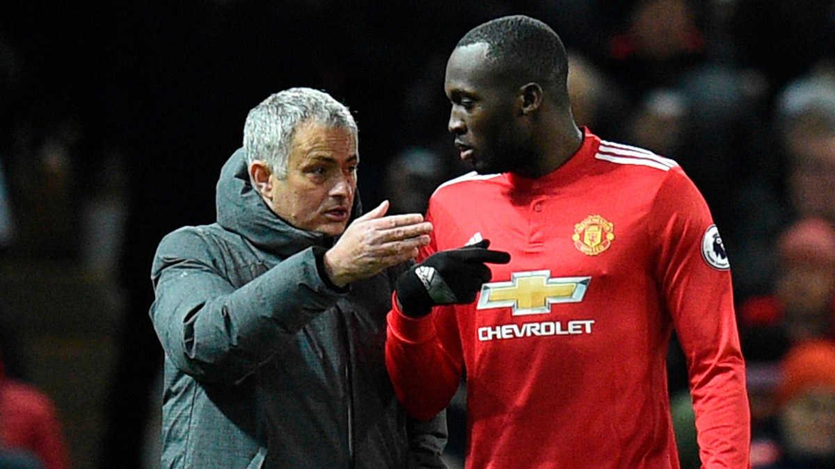 """Mourinho chết lặng trong """"Đêm tệ hại"""" của Lukaku"""