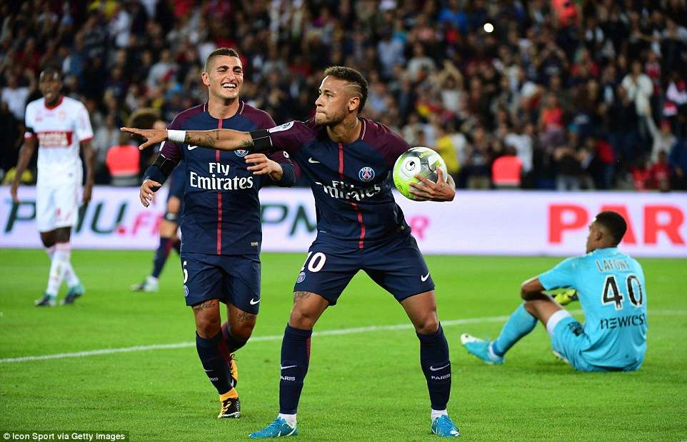 Neymar trở lai khiến PSG trở nên đáng sợ hơn