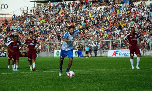 Neymar tổ chức trận đấu từ thiện ở Brazil trong dịp Giáng Sinh