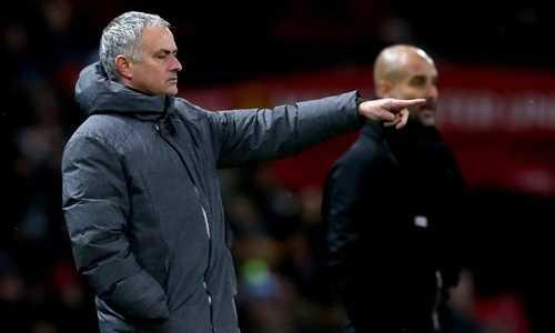 Mourinho bị yêu cầu giải trình về phát ngôn với Man City