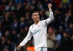 Danh sách 11 cầu thủ xuất sắc nhất vòng bảng Champions League
