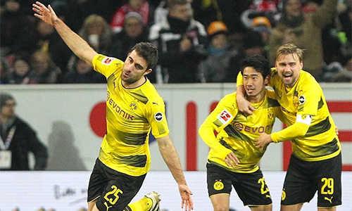 Thay tướng đổi vận, Dortmund giành 3 điểm ở Bundesliga sau ba tháng