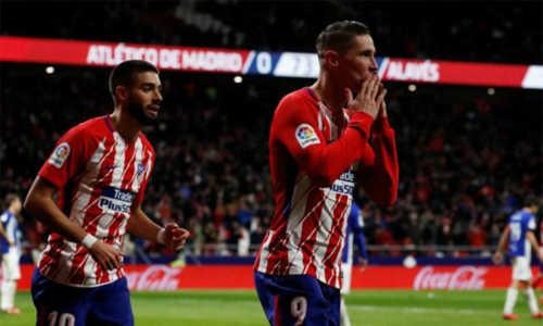 Atletico theo sát Barca, Valencia rơi xuống thứ ba La Liga