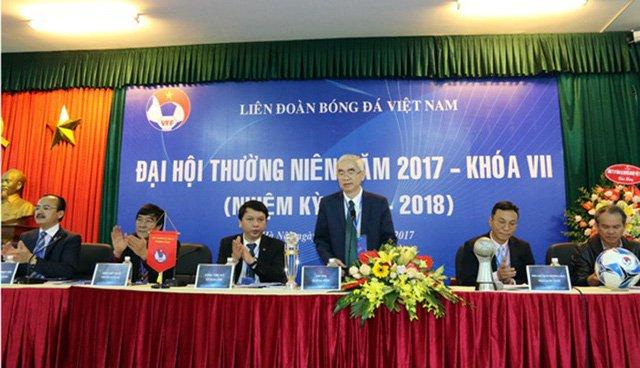 VFF đồng ý cho bầu Thắng rút lui khỏi VPF