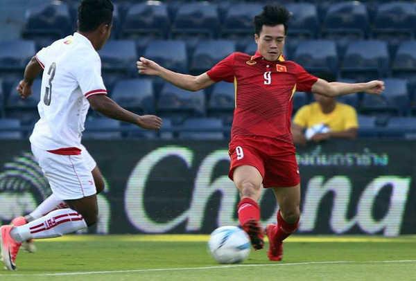 Văn Toàn nói rằng sơ đồ 3-4-3 của HLV Park Hang Seo đang tạo ra những nét mới cho U23 Việt Nam