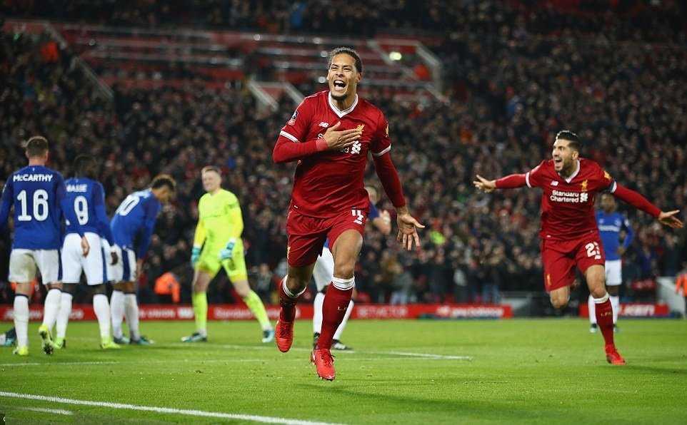 Tân binh 75 triệu bảng lập công, Liverpool thắng kịch tính Everton