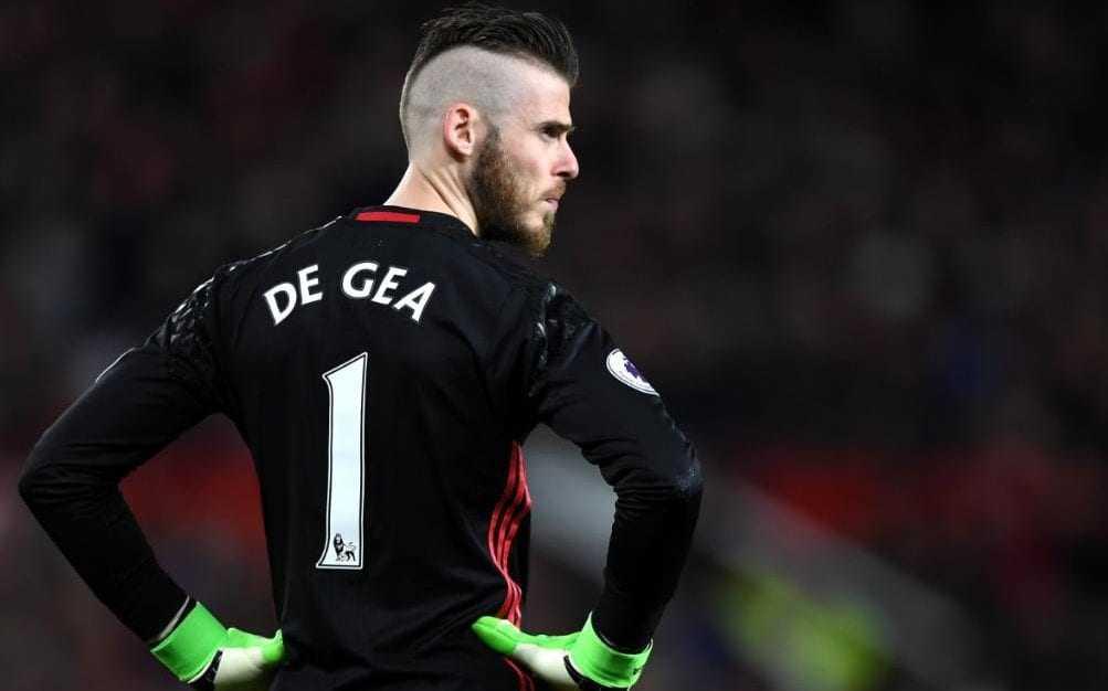 Mourinho muốn De Gea gắn bó với M.U đến cuối sự nghiệp. Ryan Giggs nhiều khả năng sẽ là HLV của xứ Wales