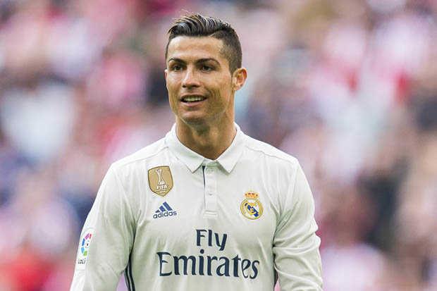 Ronaldo tiết lộ bí quyết đưa Real ra khỏi khủng hoảng. Coutinho hạnh phúc khi có trận đấu ra mắt Barca