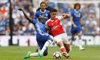 Arsenal sẽ dùng Sanchez đấu Chelsea giữa tin đồn tới Man City
