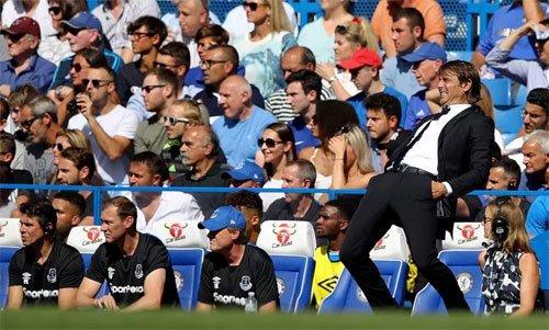 Conte dễ bị kích thích vì diễn biến trận đấu.