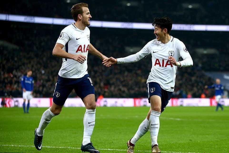 Harry Kane lập cú đúp, Tottenham đè bẹp Everton