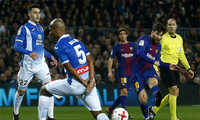 Coutinho ra mắt, Messi lập công, Barca vào bán kết Cup Nhà vua